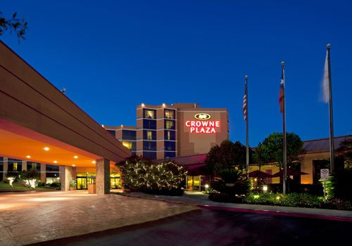 Crown Plaza Hotel Austin, TX
